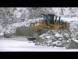 AFTER >: CAT 992K Wheel Loader Entering Pit