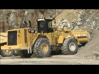 AFTER >: CAT 992K Wheel Loader Safety Features