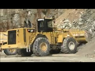 AFTER >: CAT 992K Wheel Loader Serviceability