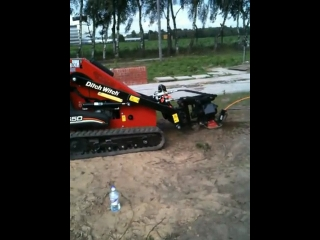 Ditch Witch SK650 September 2010 021